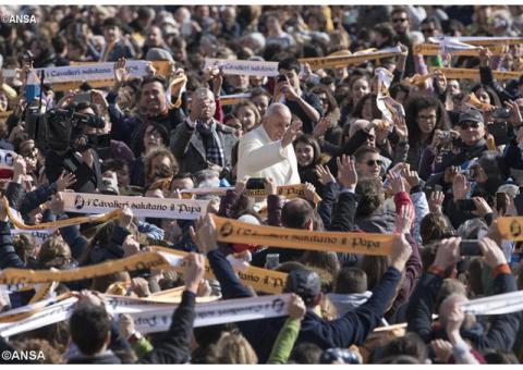Папа: Любов – це не слова, а конкретні вчинки
