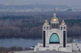 Актуалізація монастирів і храмів як архетипу безпечного простору