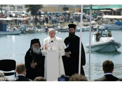 Папа: Мир будує той, хто з любов'ю служить потребуючому