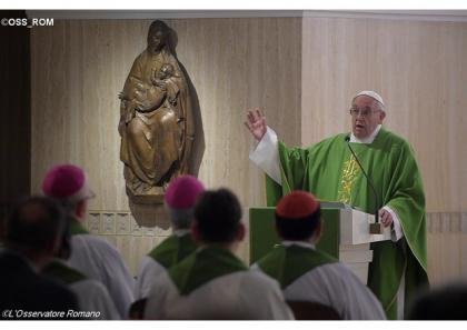 Папа: також і сьогодні Бог плаче перед обличчям стихійних лих та воєн