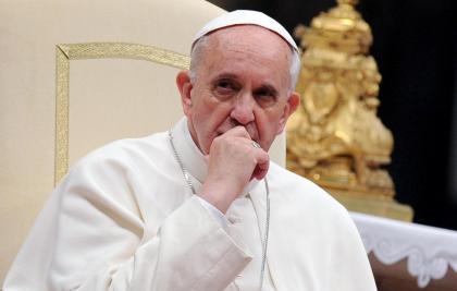 Виглядає на те, що об'єктивні, незалежні, неупереджені ЗМІ дурять нас стосовно Папи