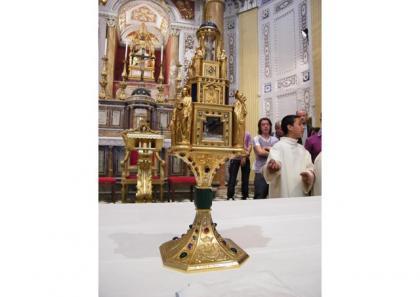«Витерти сльози» – молитовне чування з Папою у Ватикані